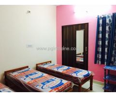 Flatmate required in a fully furnished 3 bhk (9004671200)