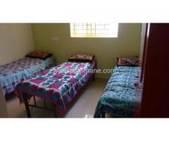 3 sharing bed available for female Near Thane west