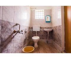 Flats for Rent in Teen Hath Naka
