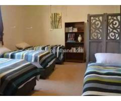 paying guest near yantra park