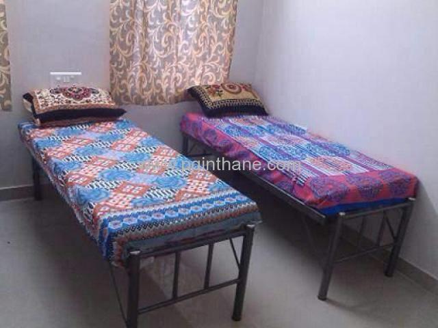 rooms on rent near airoli
