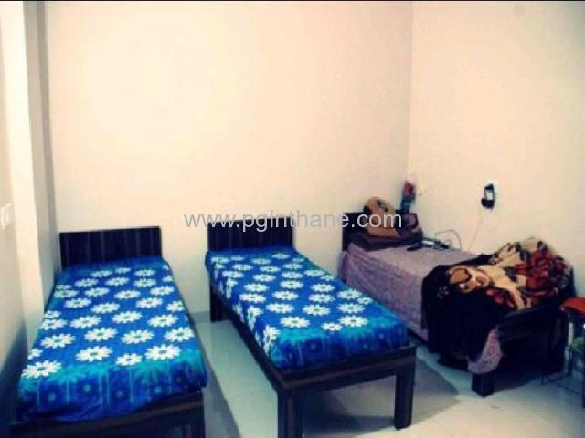 pg flat on rent in panchpakhadi
