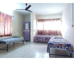 double occupancy room available near mulund check naka