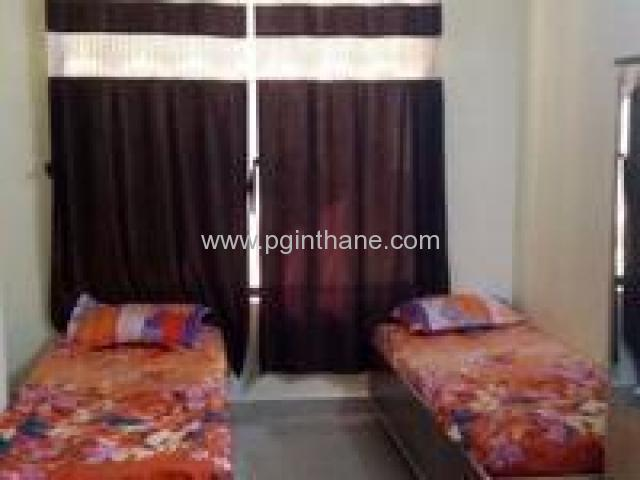 3 bedroom pg in teen hath naka thane 9167530999