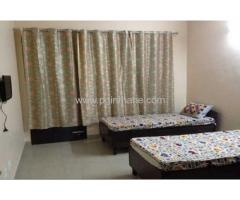 PG Near Thane West (9167530999)