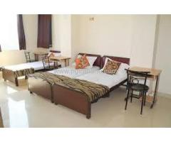 Room On Rent Near Teen Haath Naka (9004671200)