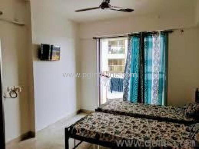 Double sharing room available in thane kopri